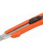 Chuchilla Retráctil (Cutter) guía metálica Studmark ST-04101-BL
